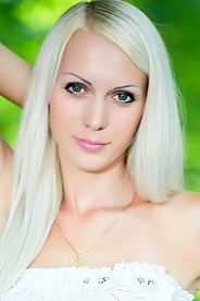 Ukrainian girl Ekaterina,27 years old with brown eyes and blonde hair.