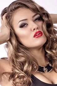 Ukrainian girl Elen,22 years old with green eyes and light brown hair.
