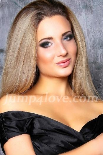 girl Ksenia, years old with  eyes and  hair. Ksenia