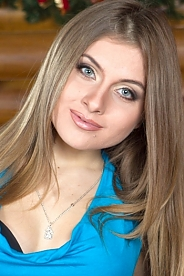 Ukrainian girl Helen,23 years old with blue eyes and light brown hair.