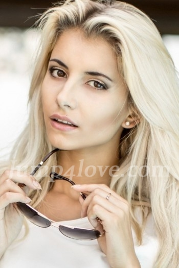 Ukrainian girl Alina,22 years old with hazel eyes and blonde hair. Alina