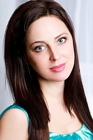 Ukrainian girl Olga,39 years old with blue eyes and light brown hair.