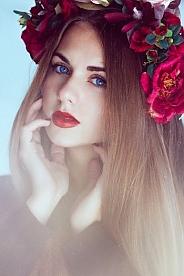 Ukrainian girl Viktoriya,23 years old with blue eyes and light brown hair.