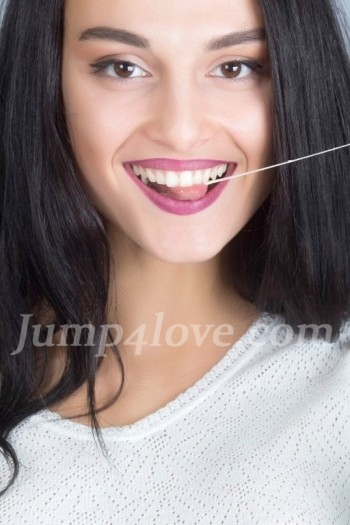 Ukrainian girl Yuliya,20 years old with brown eyes and black hair. Yuliya