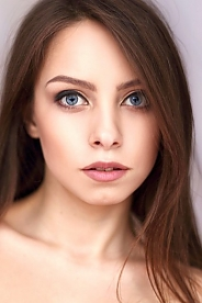 Ukrainian girl Irina,22 years old with blue eyes and light brown hair.