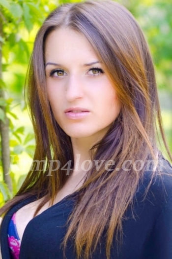 Ukrainian girl Aliona,24 years old with green eyes and dark brown hair. Aliona