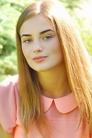 Ukrainian girl Alina,18 years old with green eyes and light brown hair.