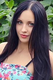 Ukrainian girl Viktoria,20 years old with green eyes and black hair.