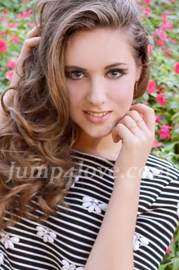 Ukrainian girl Solomiya,18 years old with blue eyes and light brown hair. Solomiya